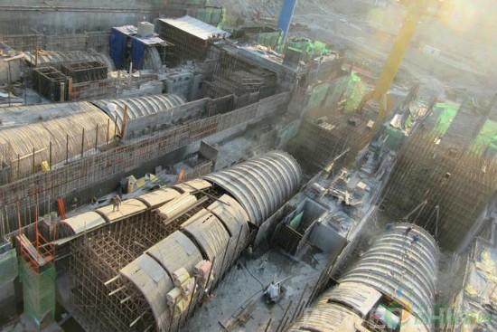 孤山电站1至4号机组尾水管全部提前吊装